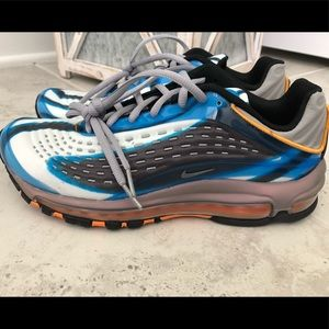 Nike Air Max Deluxe (GS) - NWOB - Size 7 Youth